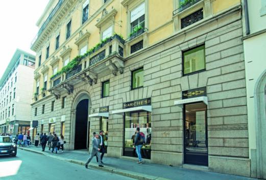 Milano — Via Monte Napoleone — Pasticceria Marchesi