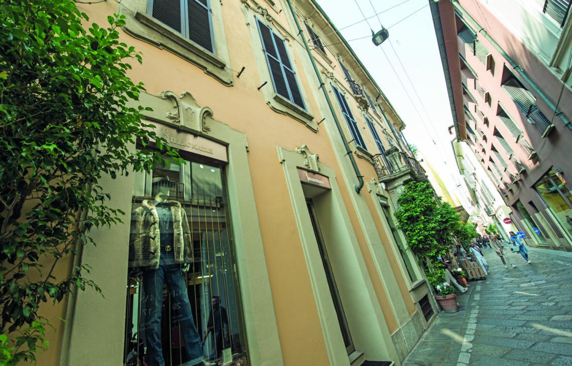 Milano, Via Della Spiga – Boutique Billionaire